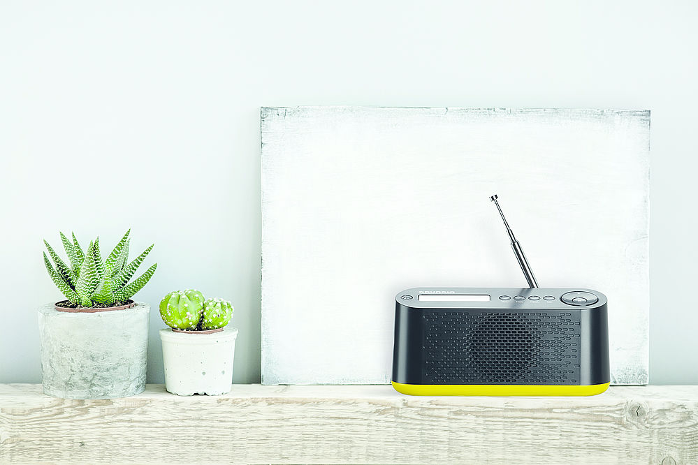 radio to go das digitalradio music dab von grundig sorgt zuhause und unterwegs f r besten empfang. Black Bedroom Furniture Sets. Home Design Ideas