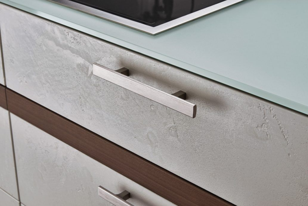 30 Stunning Cabinet Knobs And Handles, What Are The Best Handles For Kitchen Cabinets