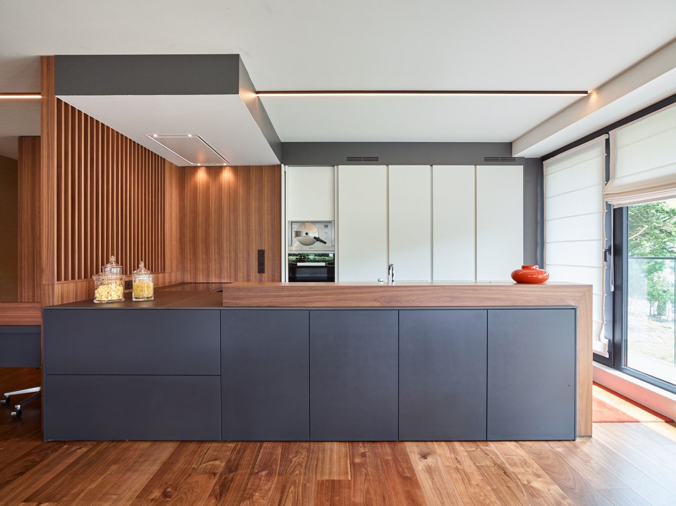 Finding A Home For Walnut In Any Kitchen Kitchen Magazine