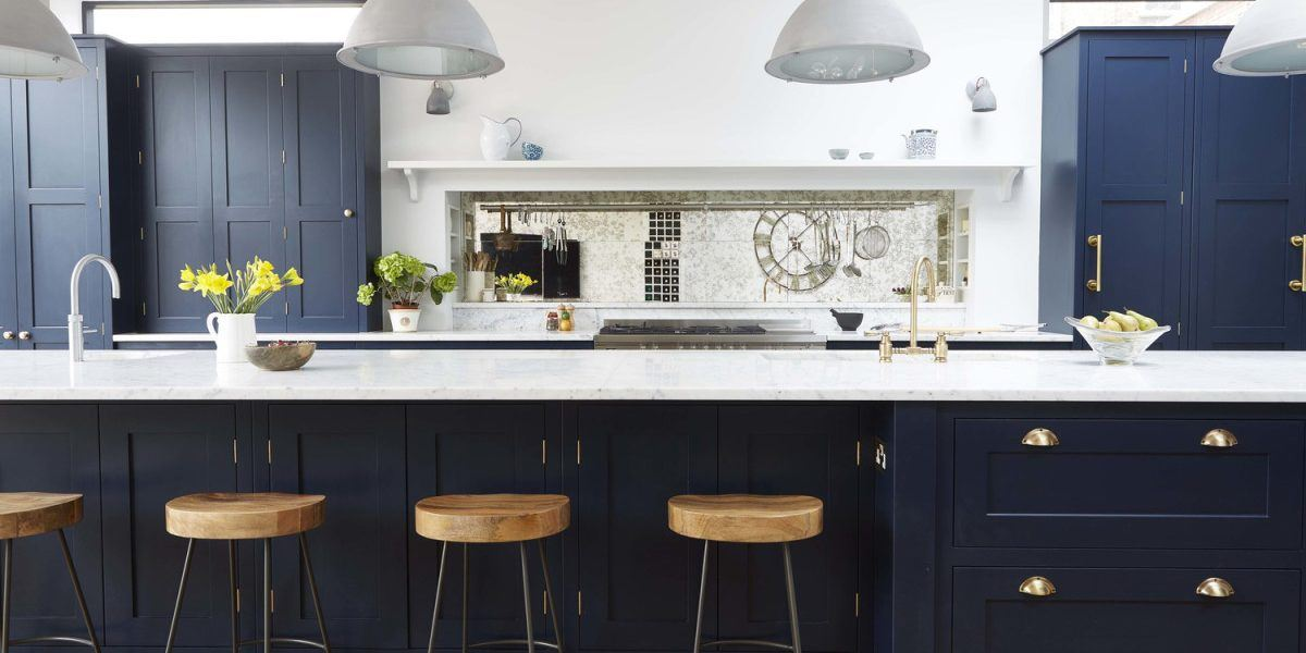 Dark Kitchen and Metals Combination [GALLERY] & Dark Kitchen and Metals Combination Images | Kitchen Magazine